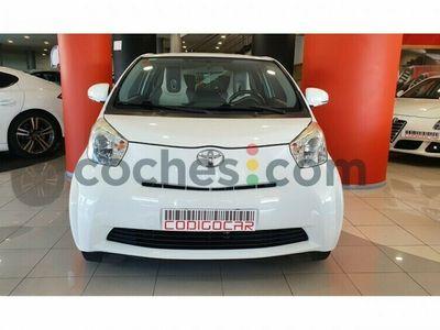 usado Toyota iQ Iq1.0 Vvt-i 68 cv en Lugo