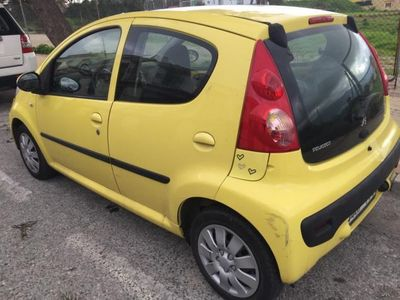 usado Peugeot 107 1.0i Urban -06