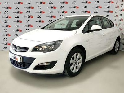 usado Opel Astra ST 1.6CDTi Excellence 110