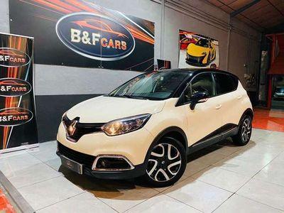 usado Renault Captur 1.5dCi eco2 Helly Hansen EDC 90