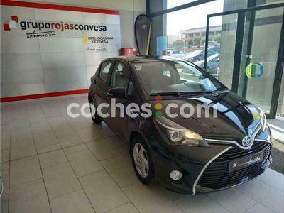 usado Toyota Yaris Hybrid 1.5 Active 100 cv en Badajoz