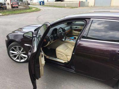 usado Jaguar XF Sportbrake 2.2 Diesel Luxury Aut.