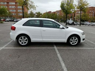 usado Audi A3 1.6TDI Attraction