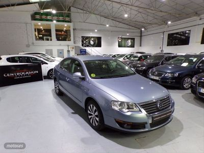 usado VW Passat 1.6 TDI 105cv Advance BlueMotion Tech