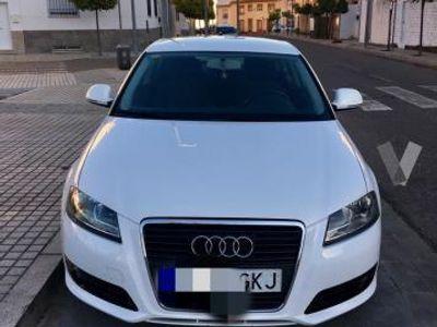 gebraucht Audi A3 1.9 TDI ATTRACTION -09