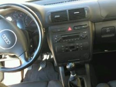 usado Audi A3 1.6 AMBIENTE -03