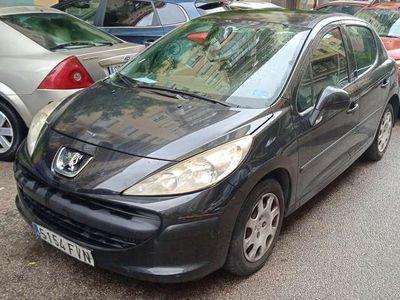 usado Peugeot 207 1.4i Confort 75