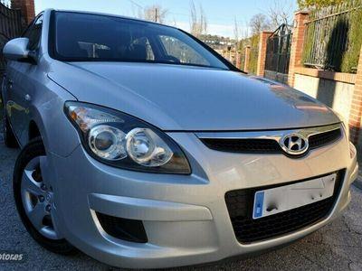 usado Hyundai i30 1.6 crdi 90cv-klimatizador a/c-airbags-cd