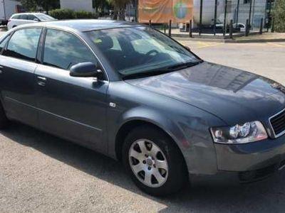 usado Audi A4 año 2002 230000 KMs