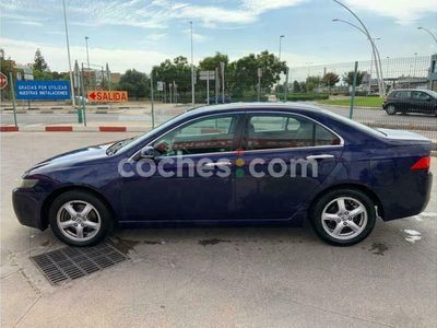 usado Honda Accord 2.2 I-ctdi Executive 140 cv en Valencia
