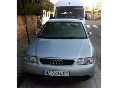 usado Audi A3 1.8 Attraction