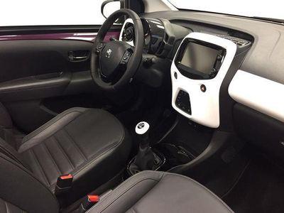 usado Peugeot 108 TOP! ALLURE 1.2 PURETECH 82 SOMOS CONCESIONARIO OFICIAL GOMEZ PLATZ. PRECIO FINANCIADO CONSULTE CONDICIONES