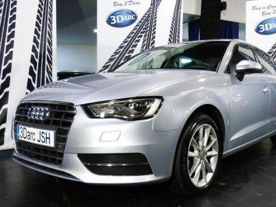 usado Audi A3 Sportback 1.6TDI Design Edition*NACIONAL*MATRIXLED