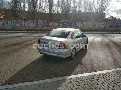 usado Opel Vectra 1.8 16v Elegance 125 cv en Valladolid
