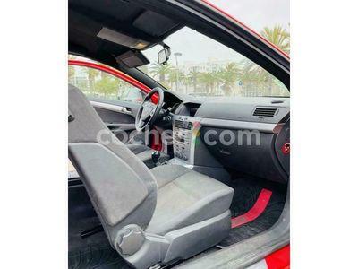 usado Opel Astra GTC 1.6 Sport 105 cv en Tarragona