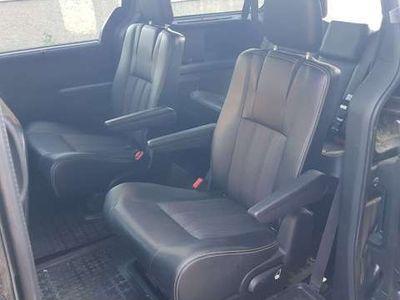 usado Lancia Voyager 2.8CRD Edición Especial S 177 Aut.