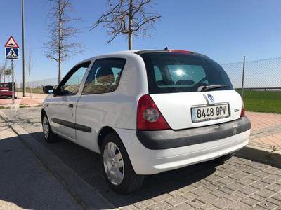 usado Renault Clio Dynamique 1.5dCi 80 -02