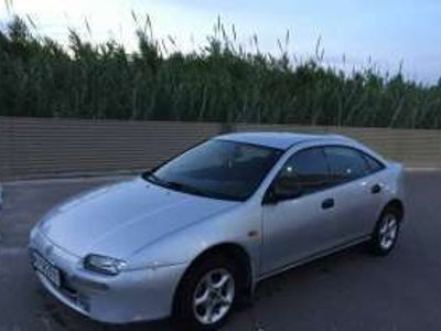 usado Mazda 323 Gasolina