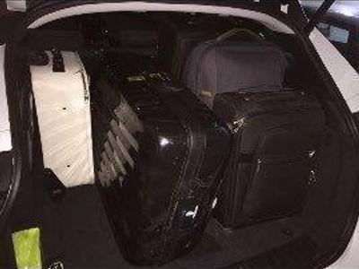 usado Jaguar F-Pace 2.0i4D Pure Aut. RWD 180