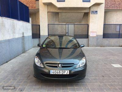 usado Peugeot 307 CC 2.0 16v