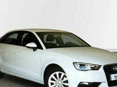 usado Audi A3 Sedan Attraction 1.6 TDI 77 kW (105 CV)