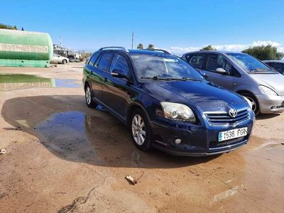 usado Toyota Avensis Wagon 2.2D-4D Executive