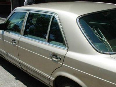 usado Mercedes 500 año 1987 180000 KM a € 8900.00