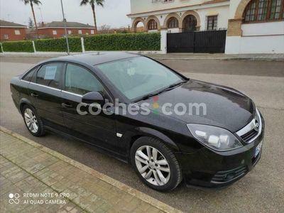 usado Opel Vectra 1.9cdti 16v Sport 149 cv en Badajoz