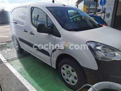usado Peugeot Partner Furgón Electric Confort L1 67 cv en Cantabria