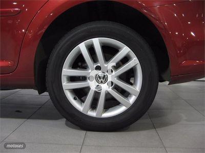 usado VW Touran 1.6 TDI 105cv DSG Advance
