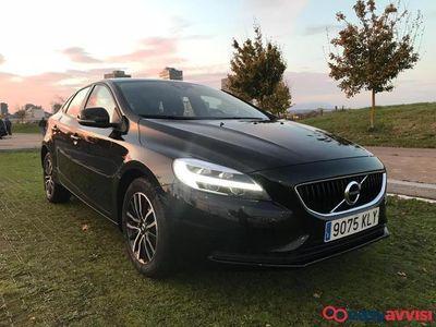 used Volvo V40 d2 momentum 120cv *re-estreno solo 7.800 kms!! diesel