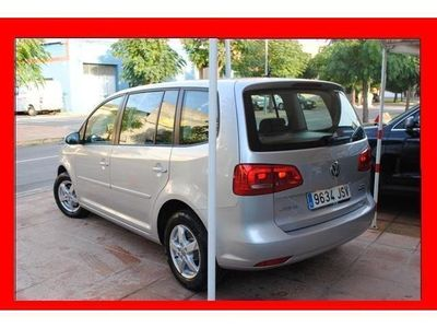 usado VW Touran 1.6TDI Edition DSG 105CV financiamos el 100%