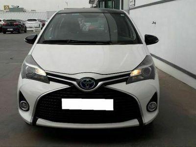 usado Toyota Yaris Hybrid Active