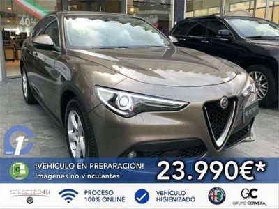 usado Alfa Romeo Stelvio 2.2 Super RWD 180 Aut.