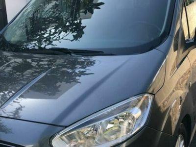 usado Ford Tourneo Courier 1.0 Ecoboost Titanium