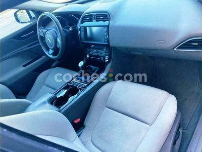 usado Jaguar XE Xe2.0 Diesel Pure 180 180 cv en Granada