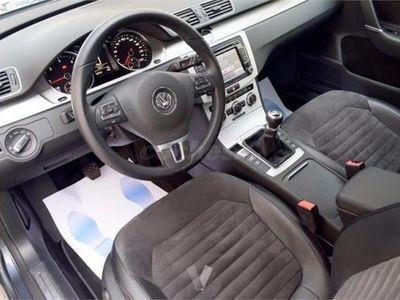 usado VW Passat Variant 2.0 Tdi 170 Dsg Highline Bm Tech 5p. -12