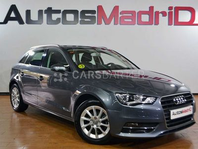 usado Audi A3 1.6 TDI 105cv S tronic Ambition 3p