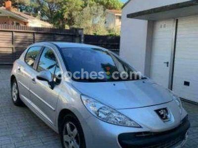 usado Peugeot 207 1.4i X-line 75 75 cv en Girona
