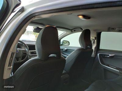 usado Volvo V60 2.0 D3 Kinetic