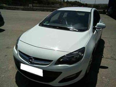 usado Opel Astra 1.6CDTi S/S Dynamic 110
