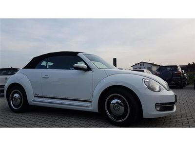 begagnad VW Maggiolino cabrio 1.2 tsi design 105 gasolina