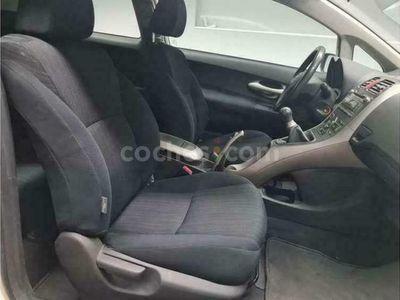 usado Toyota Auris 2.2d-4d Sport 177 177 cv en Barcelona