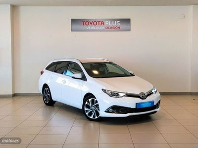 usado Toyota Auris 1.8 140H Feel Touring Sports