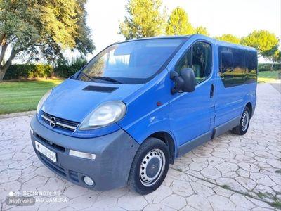 usado Opel Vivaro 1.9 CDTI 100 CV Corto 2.7t Combi9