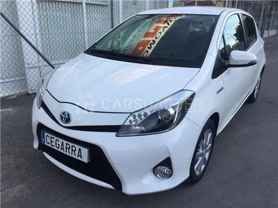 usado Toyota Yaris 1.5 Hybrid Active 74 kW (100 CV) 5p