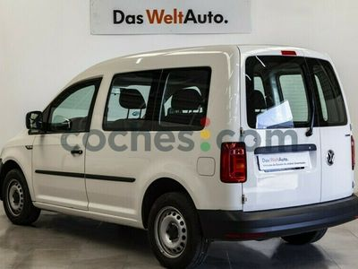 usado VW Caddy 1.4 Tgi Gnc Trendline 110 cv en Madrid