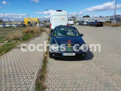 usado Mercedes C240 Clase CAvantgarde 170 cv en Toledo