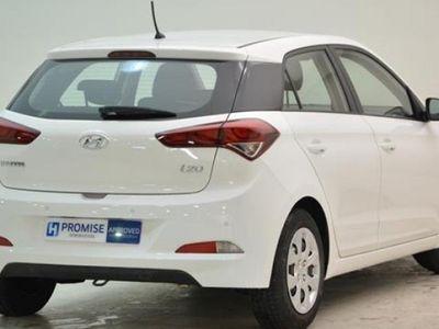 usado Hyundai i20 año 2015 14240 KM