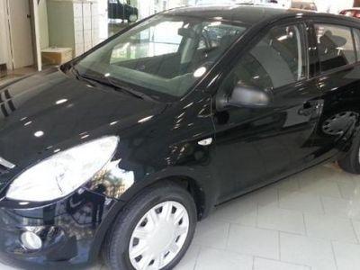 usado Hyundai i20 75CV año 2011 84041 KM € 7900.00